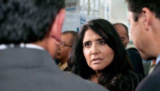 Alejandra Barrales difunde encuesta falsa y Televisa la desmiente y la exhibe