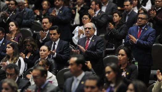 A apretarse el cinturón en el gobierno: Morena presenta Ley de Austeridad