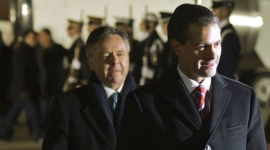 Corte ampara a Peña Nieto para no ser investigado por corrupción