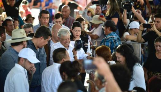 Impresionante el apoyo de los mexicanos a AMLO: encuesta El Universal