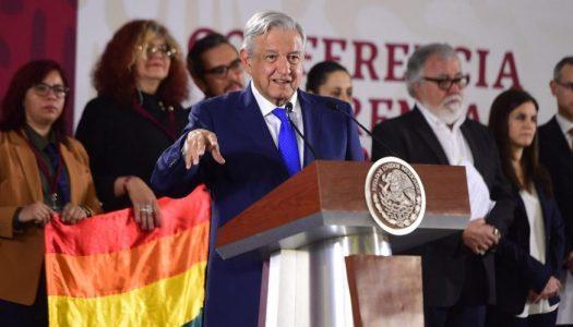 Este es el plan de AMLO para combatir la homofobia en México