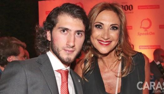 Hijo de Adela Micha recibió 34 millones de gobiernos del PRI por app fantasma