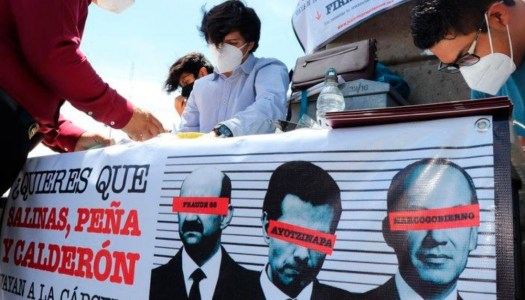 Miles firman para enjuiciar a ex presidentes; Morena va por 2 millones