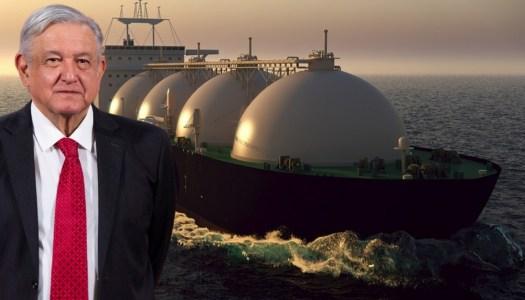 AMLO consigue traer a México un buque con gas para evitar apagones