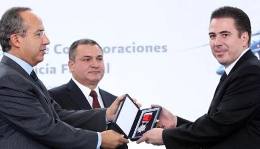 Detienen a Cárdenas Palomino, mano derecha de Calderón y García Luna