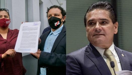 Diputados de Morena denuncian a Aureoles por traición a la patria