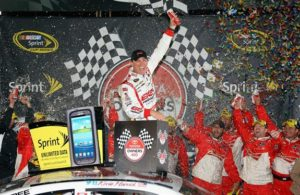 kevin-harvick-victory-lane-richmond-1-nascar-2013