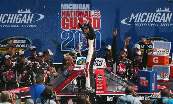 nascar_ncwts_michigan_81713_victory_lane_james_buescher