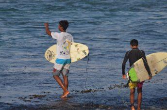 Kavindu Surfing Madiha Surf Point Sri Lanka (1)
