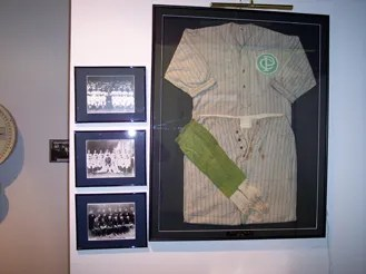 Were you aware that the Cincinnati Police Department at one time sponsored a team of semi-professional baseball players?