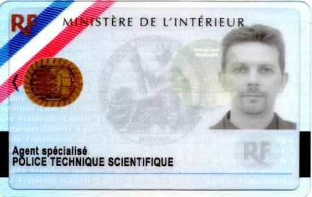 police scientifique carte professionnelle 2