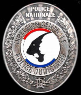 police scientifique plaque Police Judiciaire