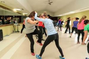 Les cours d'autodéfense avec les femmes