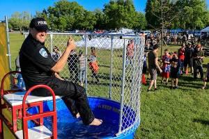 Activité «À l'eau la police»