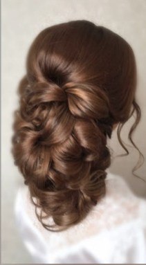 Плетение волос на выпускной