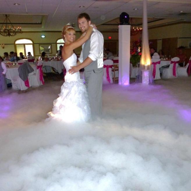 Тяжелый дым на свадьбу заказать