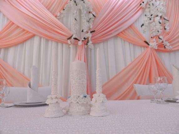 Оформление свадебного шатра в розовом цвете