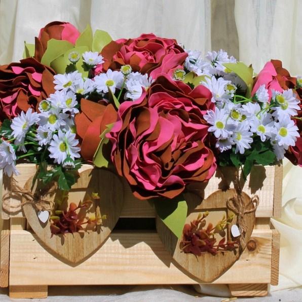 Композиция на гостевые столы для свадьбы рустик