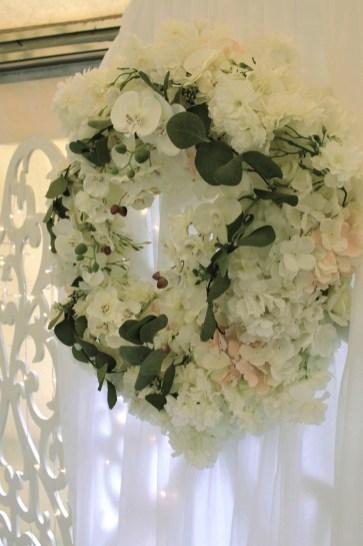 Свадьба в белых цветах