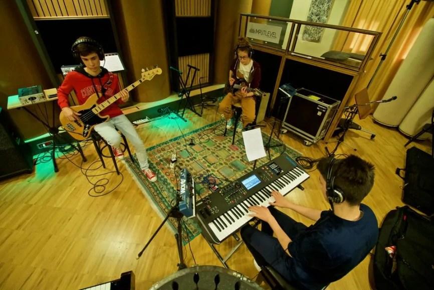 Polinote-in studio di registrazione 37