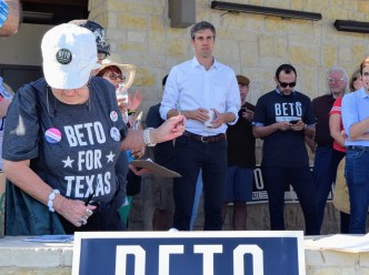 13 20180818 Beto in Laredo, TX