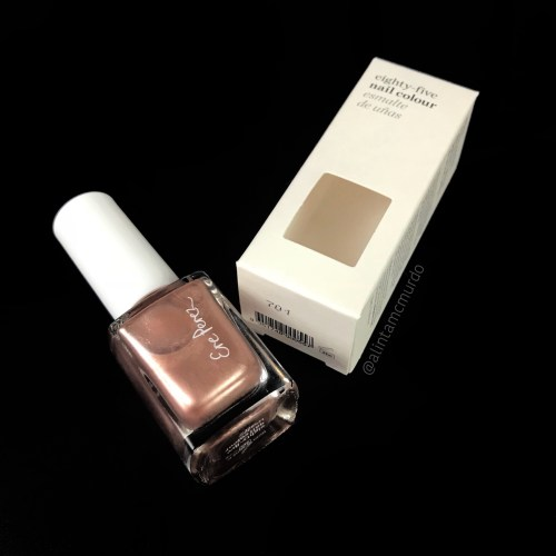 Ere Perez eighty-five nail colour in Waltz