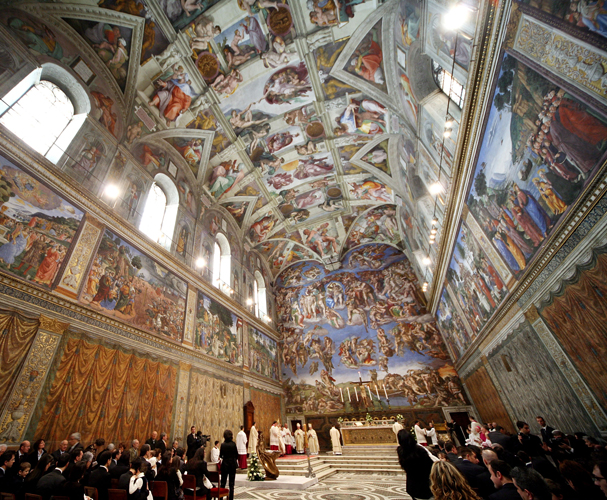 VATICAN CITY, VATICAN - JANUARY 13:  Pope Benedict XVI celebrates baptisms in the Michelangelo's  Sistine Chapel, January 13, 2008 in Vatican City.  (Photo by Franco Origlia/Getty Images)