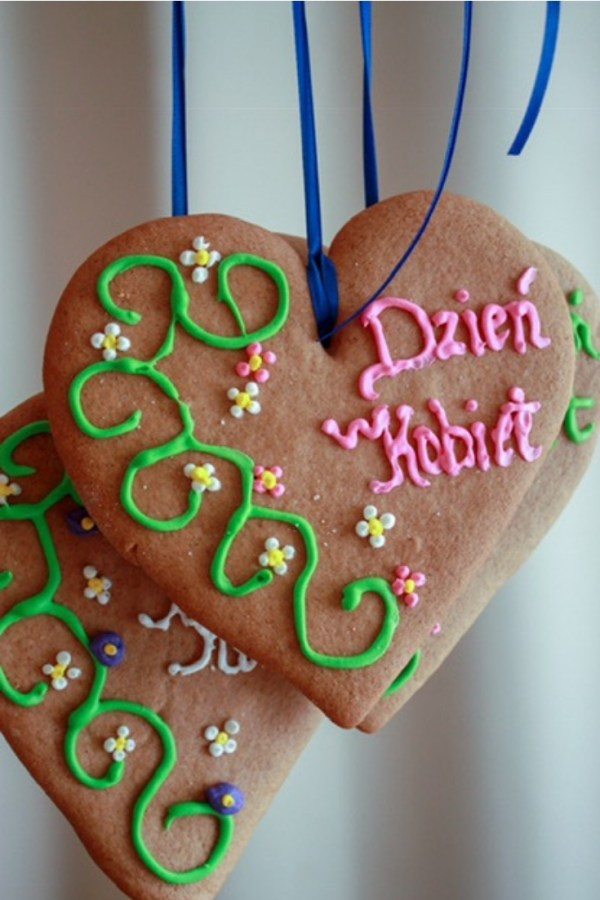 polish gingerbread decorated for dzien kobiet