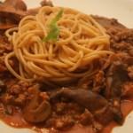 Spaghetti with Sausage & Mushroom Sauce