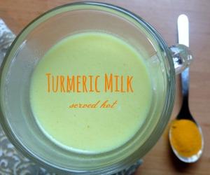 Turmeric Milk or Haldi Doodh