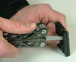 Gerber-Pocket-Sharpener-in-action
