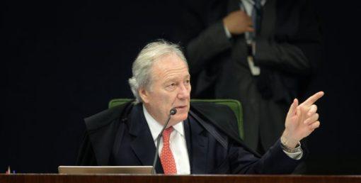 Resultado de imagem para Lewandowski anula decisão do CNJ contra juiz que participou de ato contra impeachment de Dilma