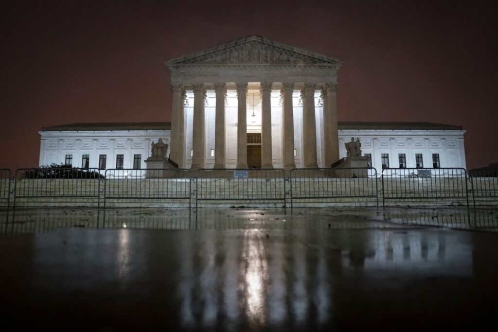 39-states-pick-sides-in-texas-supreme-court-election-challenge