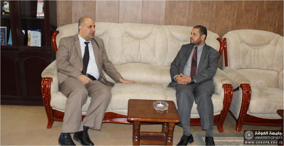 السيد عميد كلية العلوم السياسية يستقبل مساعد رئيس الجامعة للشؤون العلمية