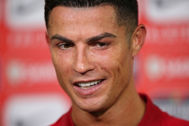Cristiano Ronaldo Sends Message To Lingard  For Copying Celebration Style 2