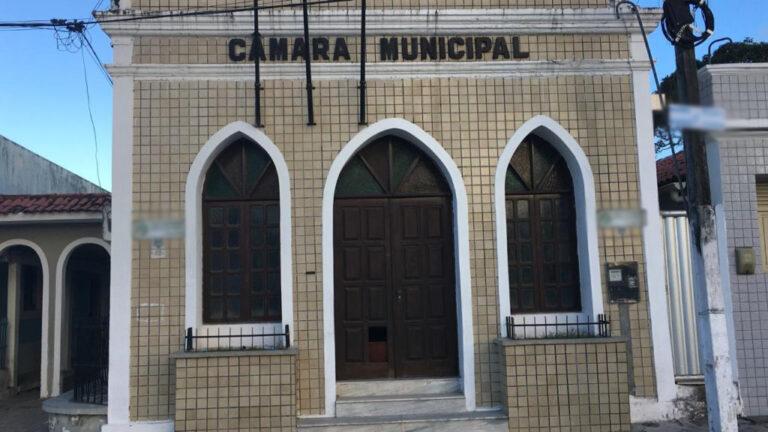 Justiça mantém suspensão de reajuste salarial de vereadores, prefeito e vice de Cabedelo