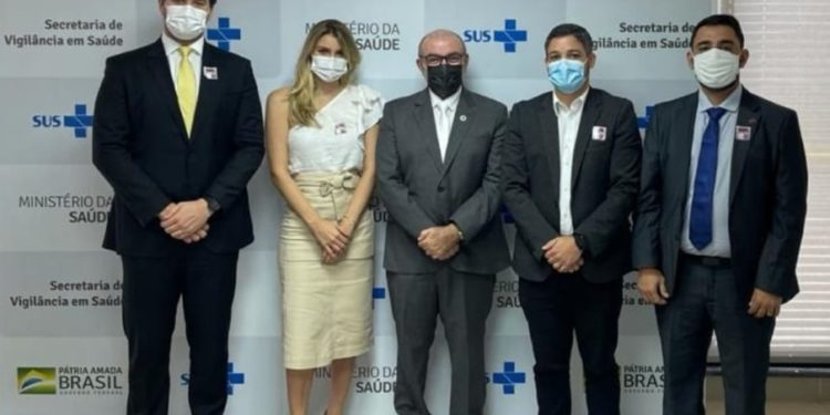 Campina Grande terá cota extra de 10 mil vacinas, novos leitos covid e investimentos no ISEA
