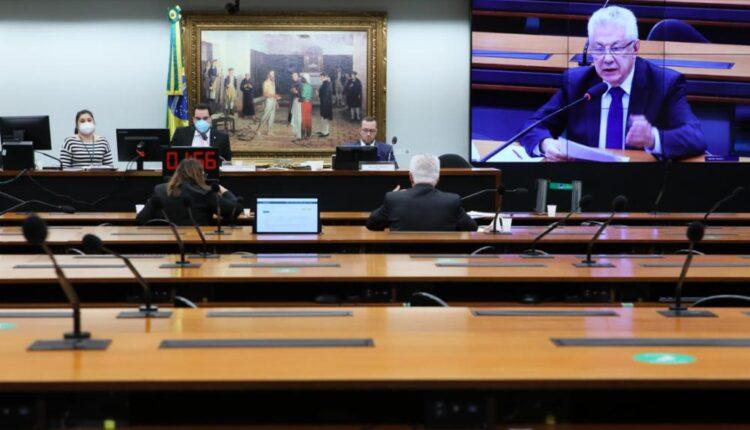 Comissão da Câmara derruba parecer da PEC do voto impresso