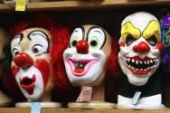 mundo-mascaras-palhaco-20031017-001