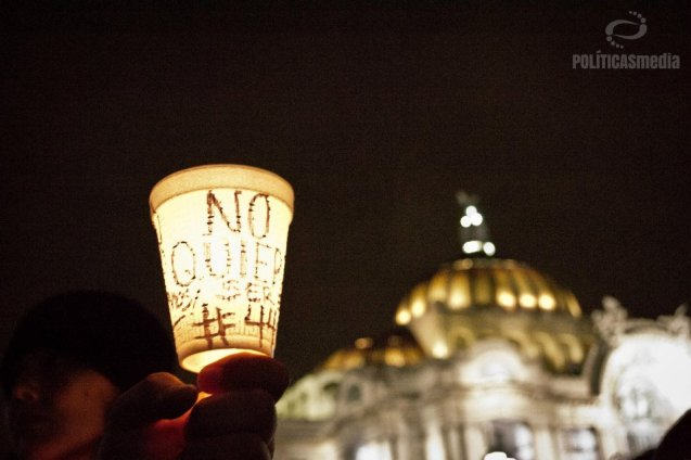 Marcha por Ayotzinapa, de la PGR al Zócalo de la Ciudad de México. 8 de noviembre de 2014. Fotografía: Nedelia Moguel.