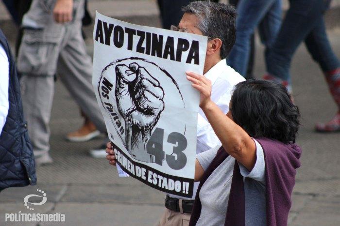 XIV Acción Global por Ayotzinapa   Fotografía Tiyako Felipe