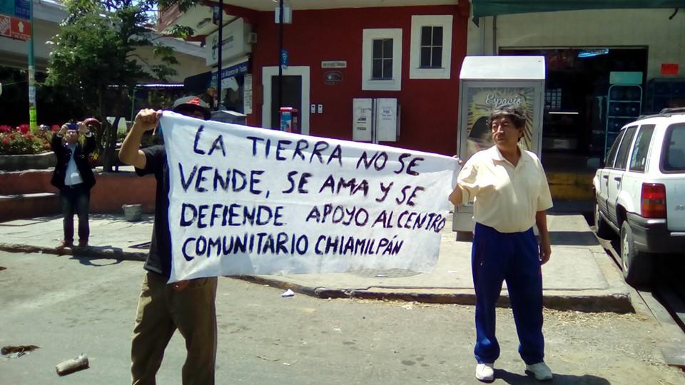 Bloqueos intermitentes en Glorieta de Emiliano Zapata, Morelos. Foto: Elizabeth Pepinillo Marino.