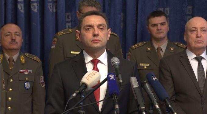 Predsednik Vučić sutra donosi odluku O UVOĐENJU VANREDNOG STANJA ZBOG KORONAVIRUSA!