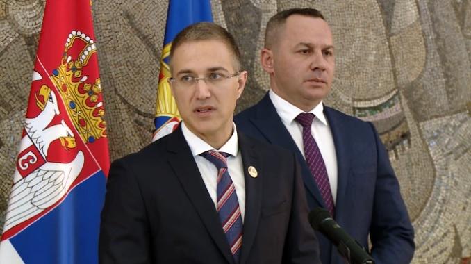 Stefanović: Dok traje vanredno stanje, važiće i istekla dokumenta