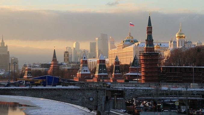 Rusija na meti frontalnog napada zapadnih država