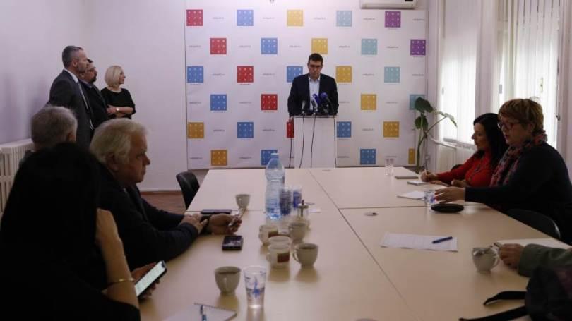 Predstavljena koalicija Ujedinjena demokratska Srbija, na listi i Gordana Čomić