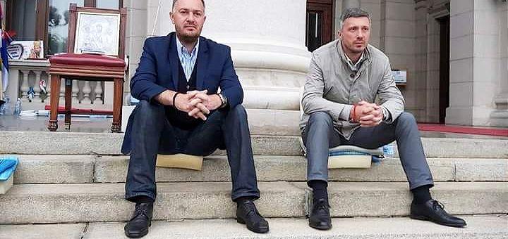 Obradović i Kostić prekinuli štrajk: Ostvarili smo cilj!