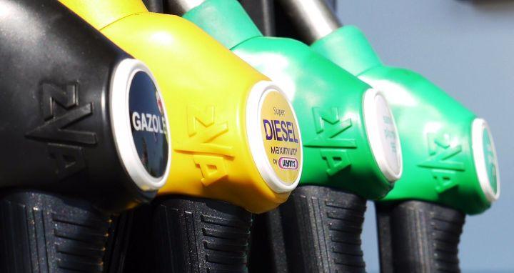Hiljade benzinskih pumpi u Velikoj Britaniji bez goriva zbog manjka vozača kamiona
