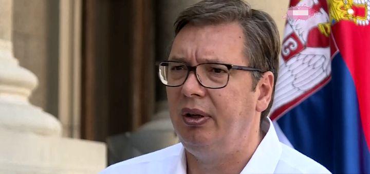 """Vučić se pojavio: Ne brinite za mene, """"neće grom u koprive"""""""