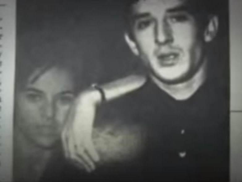 Sa beogradskog asfalta preko kreveta prve dame Francuske, do smetlišta sa penisom u ustima: Stevica je živeo san koji su prekinule fotografije sa orgija!